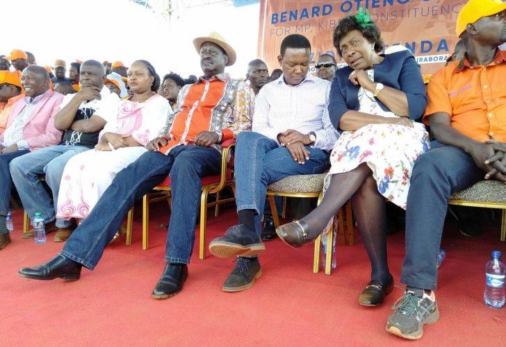 "Image result for raila ODinga and governors in Kibra"""